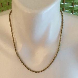 🌹Amazing Goldtone Estate Necklace Must Have 🌹